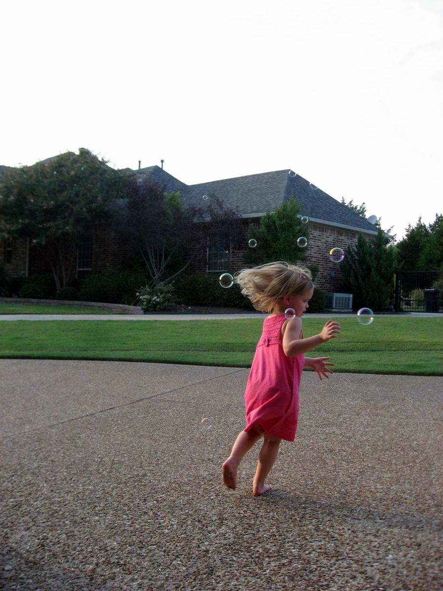 josh-sofia-sept-2009-outside-playing-9-7-2009-7-37-41-pm.JPG