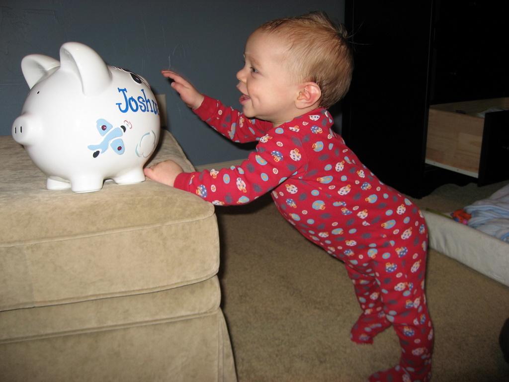 joshua-7-months-1-26-2009-9-28-25-pm.JPG