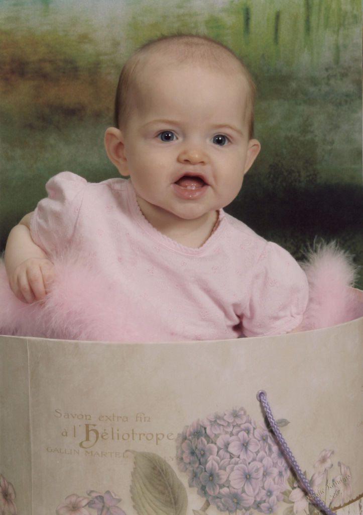 sofia-kiddie-kandids-6-months_3-1.jpg