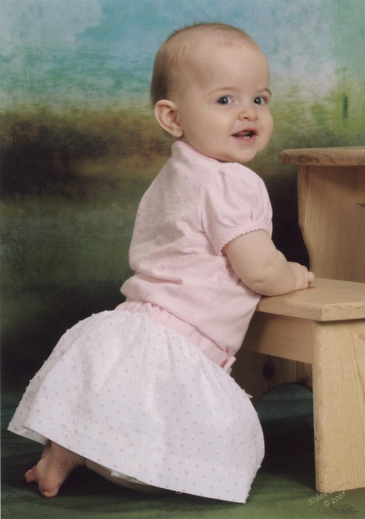sofia-kiddie-kandids-6-months_4-1.jpg